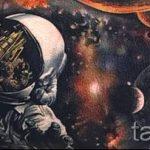 тату космос - фото готовой татуировки 14058 tatufoto.ru