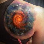 тату космос - фото готовой татуировки 15059 tatufoto.ru
