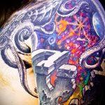 тату космос - фото готовой татуировки 46090 tatufoto.ru