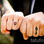 тату обручальные кольца фото - варианты татуировок вместо обручальных колец 19