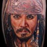 Фото тату портрет - Джонни Депп в роли Каитана из Пиратов Карибского моря