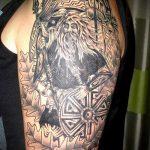 фото тату свастики славянские обереги - фото готовой татуировки от 02092016 9059 tatufoto.ru