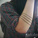 einfache Tattoo von Linien - ein Foto des fertigen Tätowierung 02092016 1025 tatufoto.ru