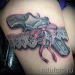 gun tatouage sur la jambe de la jeune fille - une photo du tatouage fini 01092016 1003 tatufoto.ru