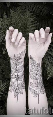 Классная тату папоротник на фото – для статьи про значение татуировки 15
