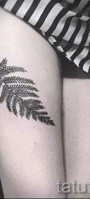 Классная тату папоротник на фото – для статьи про значение татуировки 28
