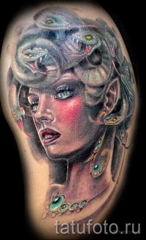 Медуза Горгона тату - фото пример для статьи про значение татуировки 4