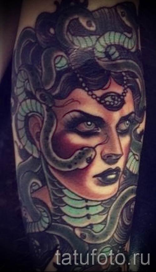 Медуза Горгона тату - фото пример для статьи про значение татуировки 5