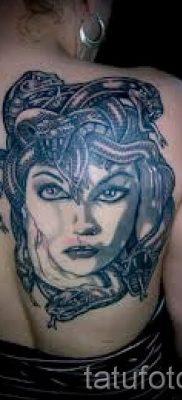 Медуза Горгона тату – фото пример для статьи про значение татуировки 9