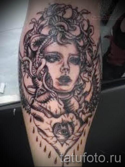 Медуза Горгона тату - фото пример для статьи про значение татуировки 10