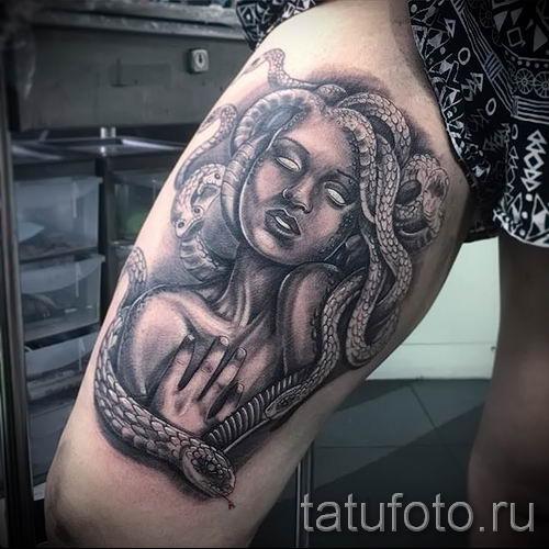 Медуза Горгона тату - фото пример для статьи про значение татуировки 15