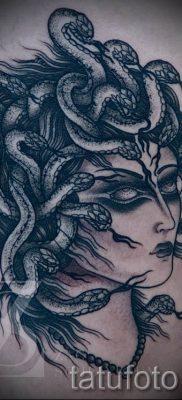 Медуза Горгона тату – фото пример для статьи про значение татуировки 18