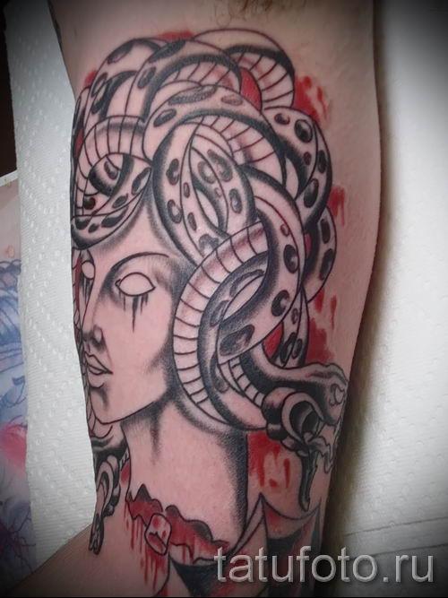 Медуза Горгона тату - фото пример для статьи про значение татуировки 19