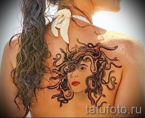 Медуза Горгона тату - фото пример для статьи про значение татуировки 25