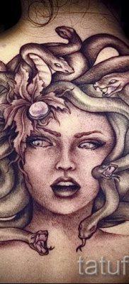Медуза Горгона тату – фото пример для статьи про значение татуировки 26