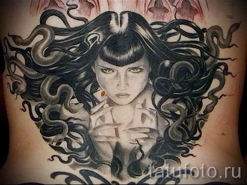 Медуза Горгона тату - фото пример для статьи про значение татуировки 27