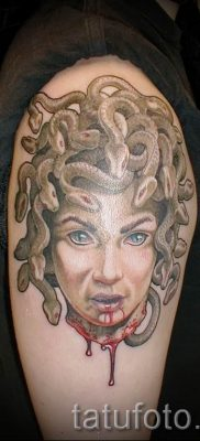 Медуза Горгона тату – фото пример для статьи про значение татуировки 34