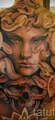 Медуза Горгона тату – фото пример для статьи про значение татуировки 38