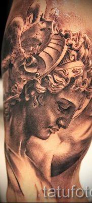 Медуза Горгона тату – фото пример для статьи про значение татуировки 39