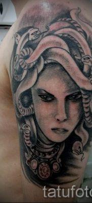 Медуза Горгона тату – фото пример для статьи про значение татуировки 50