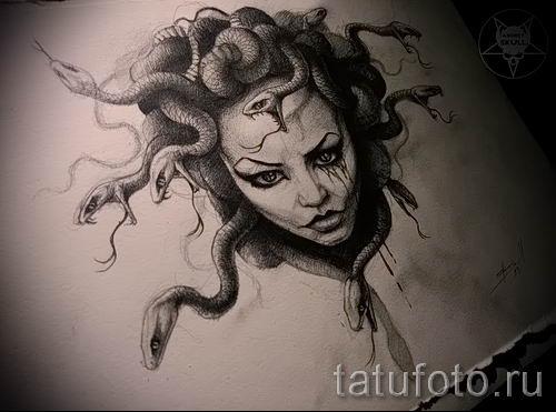 Медуза Горгона тату - фото пример для статьи про значение татуировки 55