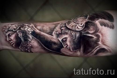 Медуза Горгона тату - фото пример для статьи про значение татуировки 57