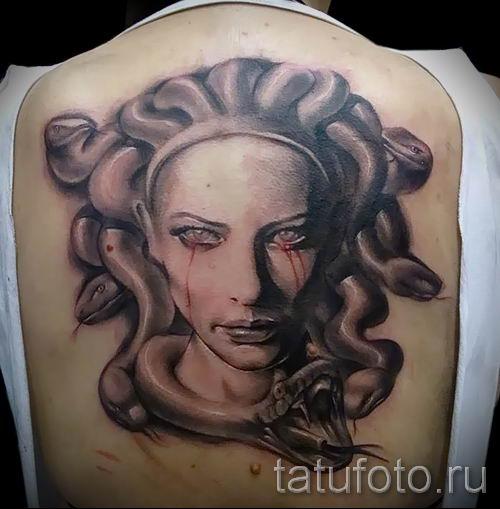 Медуза Горгона тату - фото пример для статьи про значение татуировки 58