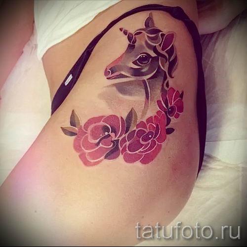 Пример фото с классной тату единорог для статьи про значение тату 5