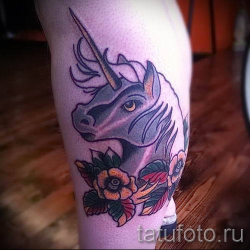 Пример фото с классной тату единорог для статьи про значение тату 15