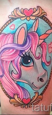 Пример фото с классной тату единорог для статьи про значение тату 38