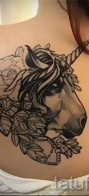 Пример фото с классной тату единорог для статьи про значение тату 56
