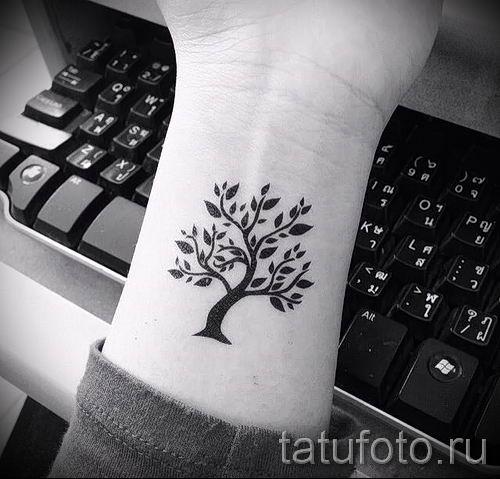 Тату дерево жизни фото для статьи про значение татуировки 12