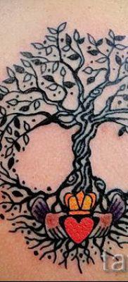 Тату дерево жизни фото для статьи про значение татуировки  20
