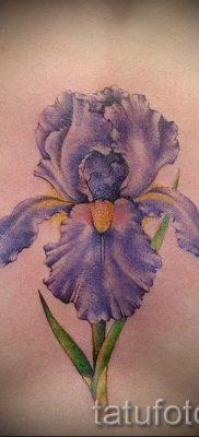 Фото пример тату ирис для статьи про значение татуировки с ирисом 31