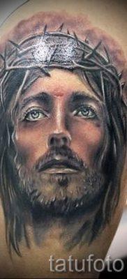 Фото тату Иисуса Христа для статьи про значение татуировки Иисус – tatufoto.ru – 1