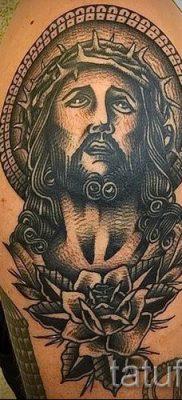 Фото тату Иисуса Христа для статьи про значение татуировки Иисус – tatufoto.ru – 8