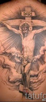 Фото тату Иисуса Христа для статьи про значение татуировки Иисус – tatufoto.ru – 18