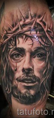 Фото тату Иисуса Христа для статьи про значение татуировки Иисус – tatufoto.ru – 22