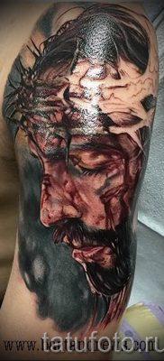 Фото тату Иисуса Христа для статьи про значение татуировки Иисус – tatufoto.ru – 28