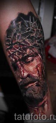 Фото тату Иисуса Христа для статьи про значение татуировки Иисус – tatufoto.ru – 29