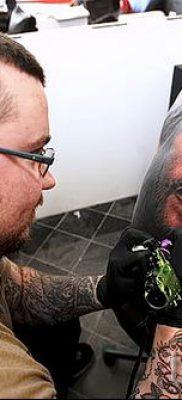 Фото тату Иисуса Христа для статьи про значение татуировки Иисус – tatufoto.ru – 32