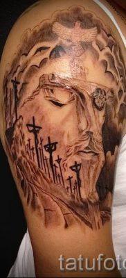 Фото тату Иисуса Христа для статьи про значение татуировки Иисус – tatufoto.ru – 36