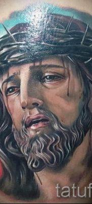Фото тату Иисуса Христа для статьи про значение татуировки Иисус – tatufoto.ru – 38