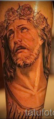Фото тату Иисуса Христа для статьи про значение татуировки Иисус – tatufoto.ru – 42
