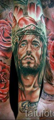 Фото тату Иисуса Христа для статьи про значение татуировки Иисус – tatufoto.ru – 44