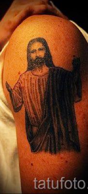 Фото тату Иисуса Христа для статьи про значение татуировки Иисус – tatufoto.ru – 49