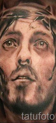Фото тату Иисуса Христа для статьи про значение татуировки Иисус – tatufoto.ru – 50