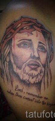 Фото тату Иисуса Христа для статьи про значение татуировки Иисус – tatufoto.ru – 53