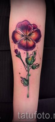 Фото тату анютины глазки для статьи про значение татуировки – tatufoto.ru – 43