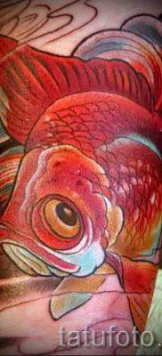 Фото тату золотая рыбка для статьи про значение рисунка татуировки – tatufoto.ru – 25